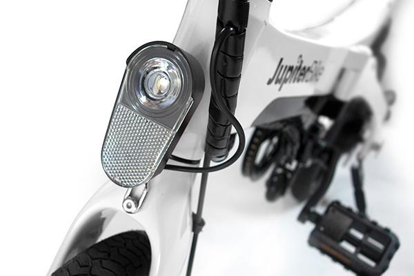 Bright LED light Jupiter Bike Discovery