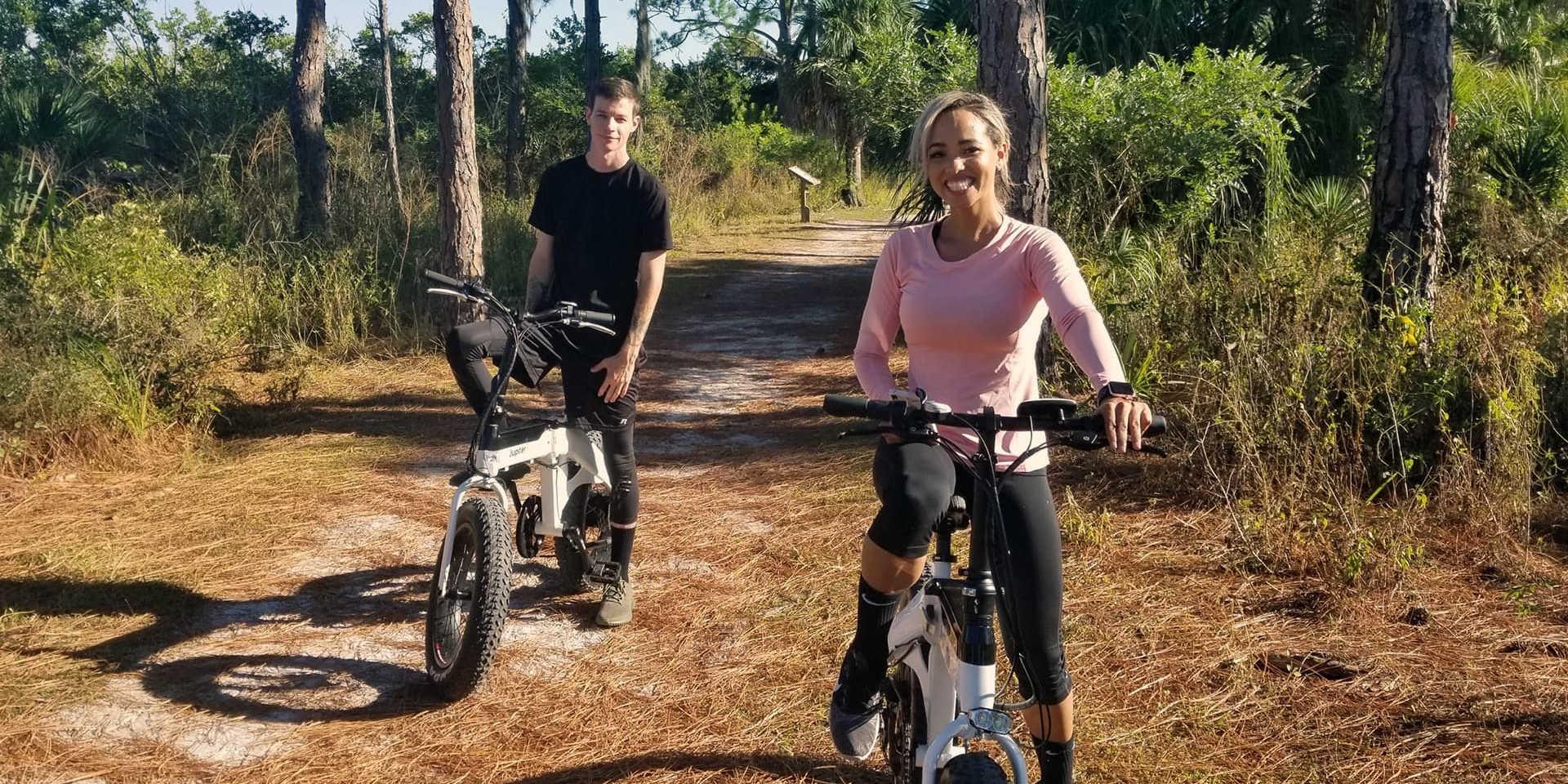 Jupiter Bike Defiant Folding Fat Tire Ebike trail riding